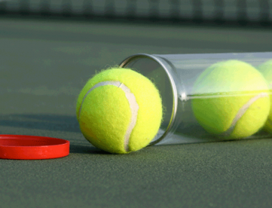 Juego de pádel: cancha, raqueta, pelota, reglas y puntuación